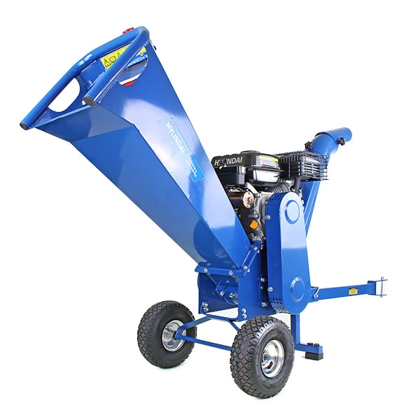 Hyundai HYCH7070E-2 7hp 208cc Electric Start Wood Chipper | Hyundai Power Equipment